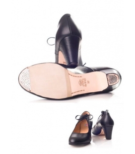 Zapato flamenco piel con lazada en empeine