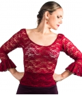 Top de encaje flamenco