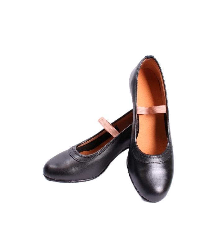 Zapato de flamenco semi profesional desde 29.50 euros El Rocio