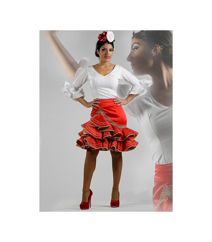 Tienda de Trajes Flamencos - El Rocío - YouTube