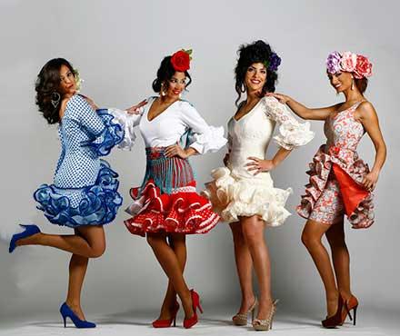 Cómo surge la Moda flamenca de trajes de flamenca  - El Rocío 3d4c995ada3